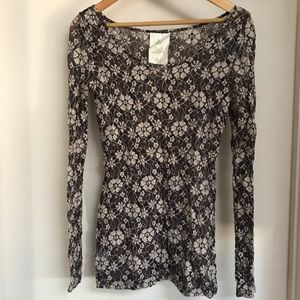 Paper Crane lace long sleeved top